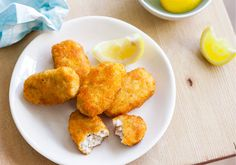The irresistible crunch of these fish fingers is a favourite across age groups. If you would prefer, you can shallow fry them instead of baking them. Fussy Eaters, Picky Eaters, Fish Finger, Finger Foods, Baby Food Recipes, Cooking Recipes, Healthy Recipes, Toddler Meals, Kids Meals
