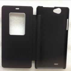 #THL 4400 Leather Flip #PhoneCase per €15. Colori disponibili: Bianco o Nero...http://bit.ly/1SiyPfg