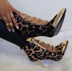 Love these Leopard shoes