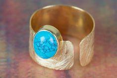 Bague en argent 925 faite main sertie d'une perle de turquoise, à retrouver sur DaWanda.com