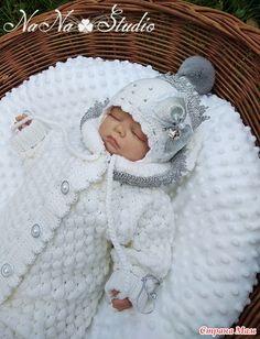 "Комплект на выписку ""Принцесса Льдинка"" - Вязание для детей - Страна Мам Merino Wool Blanket, Crochet Hats, Crocheting, Nice Things, Nice Asses, Knitting Hats"