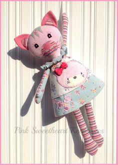 Ruby Jayne's Keepsake Cat - Baby clothes keepsake cat created by www.pinksweetheartkeepsakes.co.uk