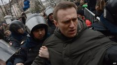 Alexei Navalny being arrested, 24 Feb 14