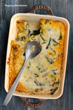 Baked polenta with spinach and eggs