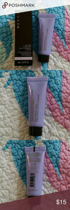 BN Mini Becca First Light Primer Item is unopened. It contains 0.2 fl. oz. of product. BECCA Makeup Face Primer