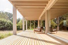 Casa no Lago Biel / Markus Schietsch Architekten, © Andreas Buschmann