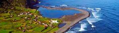 """A fajã da caldeira de Santo cristo é o destino onde se fica com vontade de voltar.  Local ideal para relaxar em contacto com a natureza e com o mar, e para se afastar do """"stress"""" do dia-a-dia. Para os amantes do surf, é o local ideal para experimentar as ondas do meio do Atlântico  Portugal"""
