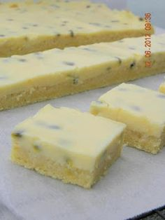 Gourmet World: Passionfruit Slice