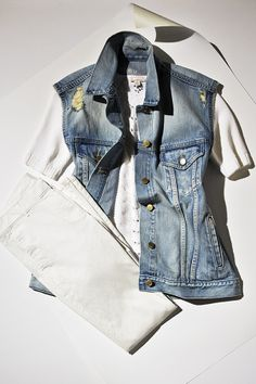 White khakis  the perfect denim vest: what summer style is made of. #summerloves