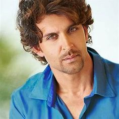 Hrithik Roshan Latest HD Wallpaper 2017