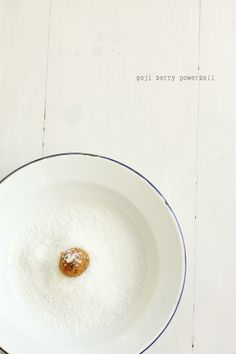 Apricot Fig And Goji Berry Powerballs