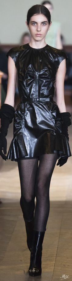 Fall 2017 RTW Olivier Theyskens