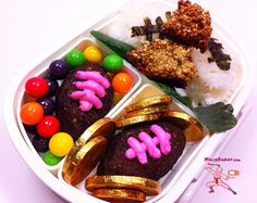 Touchdown! #Chocolate #brownie footballs in a Super Bowl Bento =)