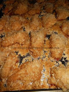 Rice Crispy Chicken - Baked Goodness with Fried Crispiness - Serendipity and Spice. Added sugar and fresh saute garlic Krispy Chicken, Crispy Chicken Recipes, Crispy Baked Chicken, Oven Fried Chicken, Baked Chicken Breast, Chicken Breasts, Cracker Chicken, Rice Crispy Cereal, Chicken Rice Bake
