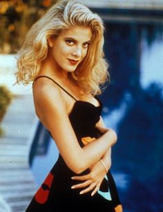 This photo was on the postcard I received from Tori Spelling when I was 9.