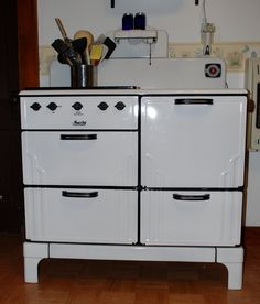 Vintage Magic Chef by American Stove Company