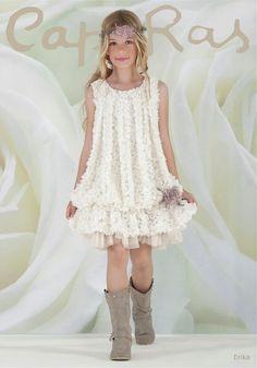 Risultati immagini per vestido ceremonia niña blanco Little Girl Fashion, Little Girl Dresses, Girls Dresses, Flower Girl Dresses, Vestidos Country, Boho Fashion, Kids Fashion, Kind Mode, Kids Wear