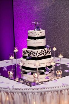 Mirror, candles, cake... love