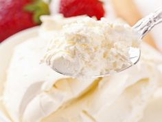 A recipe for Mascarpone Substitute made with cream cheese, ricotta cheese, sour Fast Dessert Recipes, Desserts To Make, Low Carb Desserts, Mascarpone Substitute, Substitute Recipe, Freezer Meals, Quick Meals, Meals That Freeze Well, Elegante Desserts