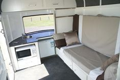 Elite Floats / Luxury Camper Float / Interior