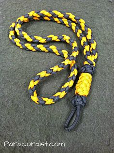 http://www.paracordist.com A super-clean, multipurpose #paracordist design #paracord lanyard, for SkogKniv, the Adirondack Woodsman!