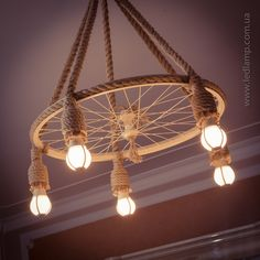 The visible results of the recycling chandelier Rustic Lighting, Home Lighting, Lighting Design, Diy Home Crafts, Diy Home Decor, Cafe Design, House Design, Luminaire Original, Rope Lamp