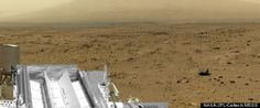 A billion-pixel view from the surface of Mars, from NASA's Mars rover Curiosity, offers armchair explorers a way to examine one part of the Red Planet in great detail. The first NASA-produced vi Mars Rover Photos, Mars Photos, Mars Planet, Red Planet, Sistema Solar, Sonda Curiosity, Nasa Curiosity Rover, Les Experts, Pixel Image