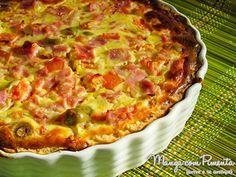 Quiche de Pizza, perfeito para um almoço ou lanche durante a semana. Clique na imagem para ver a Receita no Manga com Pimenta.