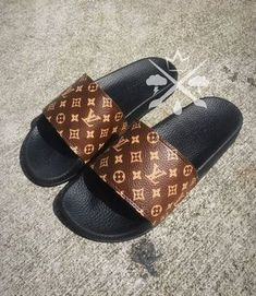 Louis Vuitton Luxury Designer LV Custom Slides Sandals Flip size 10 (online only) Cute Sandals, Cute Shoes, Me Too Shoes, Slide Sandals, Louis Vuitton Shoes, Louis Vuitton Handbags, Louis Vuitton Flip Flops, Coach Handbags, Louis Vuitton Monogram