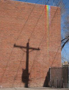 un arcoiris en la calle