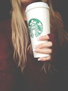 Venti Starbucks cup hair starbucks blonde girl drink coffee