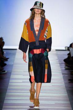 2016春夏プレタポルテコレクション - ビーシービージー マックスアズリア(BCBG MAX AZRIA)ランウェイ コレクション(ファッションショー) VOGUE