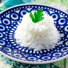 How to Cook Rice (the Brazilian way!) - Perfect, seasoned, fluffy rice every time!