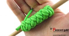 A tutorial on the long 2 bight turk& head. Turks Knot, Paracord Knots, Paracord Projects, Horse Hair, Tie Knots, Walking Sticks, Monkey, Braids, Crochet