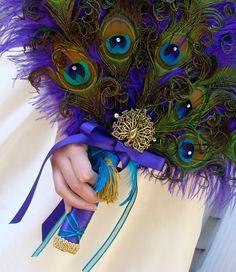 Renaissance Feathered Peacock Fan
