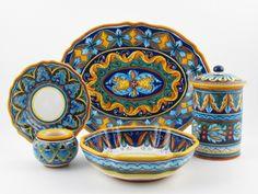 Italian Deruta Dinnerware, Pottery and Favors by Ricciarelli at thatsArte.com