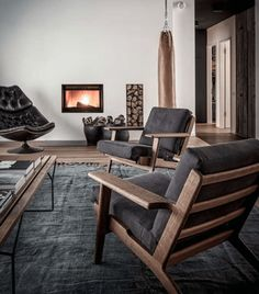 Inside Berlin's Most Stylish Bachelor Pad | UltraLinx