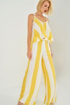 TRENDYOLMİLLA Sarı Beyaz Çizgili Pantolon