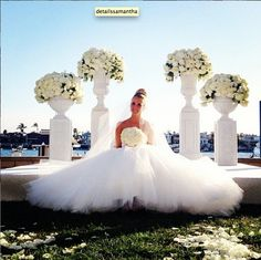 | aboutdetailsdetails.com | monique lhuillier gown, gorgeous, white florals, stunning, glowing, sitting down, pose, idea, classic