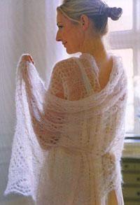 Ethereal mohair wrap pattern using 2 balls Rowan Kidsilk Haze. Need to find crochet pattern. Gilet Crochet, Knitted Shawls, Crochet Shawl, Knit Crochet, Tunisian Crochet, Crochet Granny, Shawl Patterns, Lace Patterns, Knitting Patterns Free