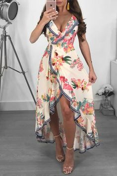 With New styles added daily, there's no better place to shop women's clothes online! Sexy Dresses, Beautiful Dresses, Casual Dresses, Fashion Dresses, Summer Dresses, Maxi Outfits, Trendy Outfits, 2 Piece Homecoming Dresses, Looks Chic