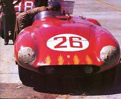frenchcurious - Alfonso de Portago - sa Ferrari Monza au 12 Heures...