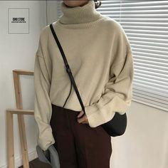 UNISEX( ALWAYS OPEN) (@_dino.store_) • Ảnh và video trên Instagram Normcore, Turtle Neck, Sweatshirts, Sweaters, Outfits, Video, Instagram, Style, Fashion