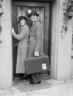 American actors Cary Grant and Virginia Cherrill arrive in Rome for their honeymoon, circa 1934.