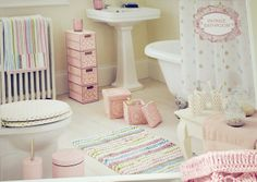 Vintage bathroom   Flickr - Photo Sharing!