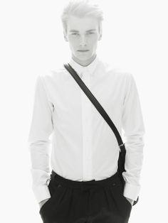 #minimalistic fashion  I   RLOFT's Recommendation  I   refinemenloft.co