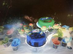 Tmnt cakes and cupcakes