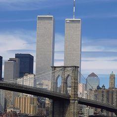 Many emotional memories before & after! Tower Bridge, Willis Tower, Brooklyn Bridge, New York City, Building, Travel, Beautiful, Photographs, Memories