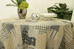 Runde Tischdecke. Das schöne kreative Muster und Design ist auch für runde Tische geeignet.