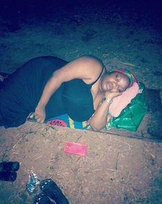 Lady And Her Workers Made To Sleep Outside After Working For A Client (Photo)